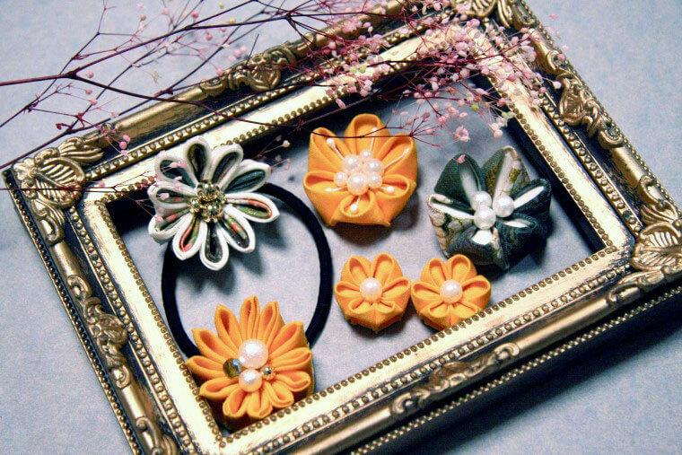 つまみ細工の髪飾りレシピ【初級編】丸つまみと剣つまみのお花