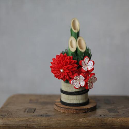 お正月飾りを手作りして新年を迎えよう。しめ縄・水引・つまみ細工の作り方&アイデア集