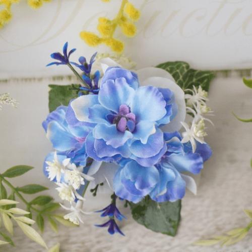 造花で作る小花のブローチのレシピ
