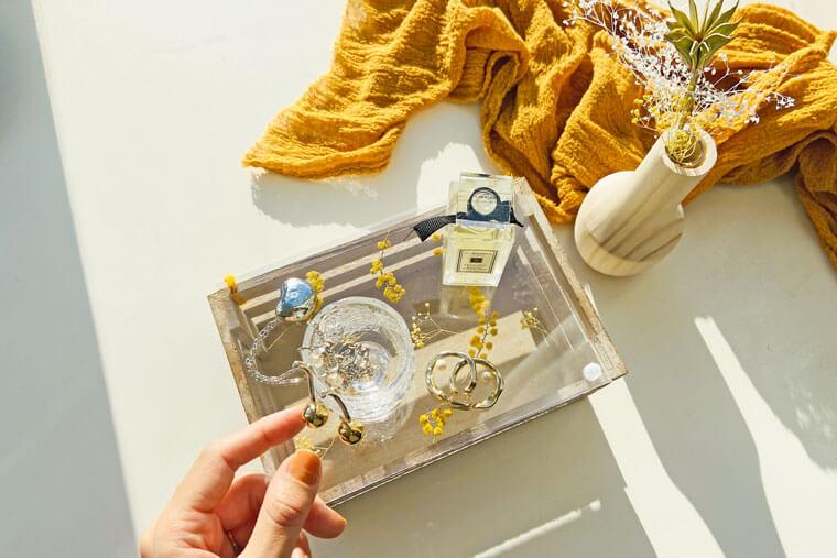 アンティーク風ペイントのおしゃれなコスメボックス。ミモザの蓋付きオーガナイザーの作り方