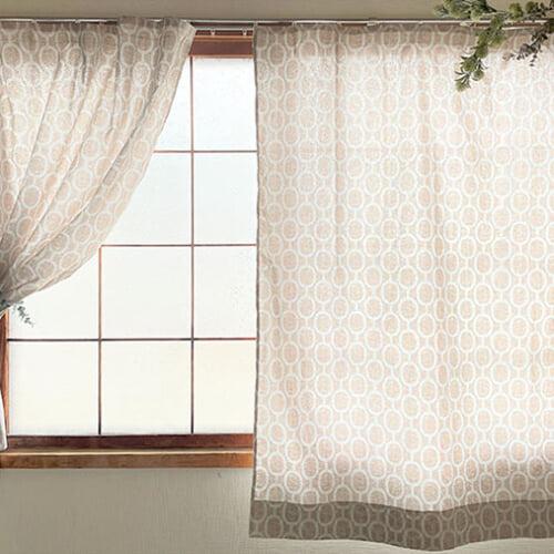 簡単なカーテンの作り方。好きな布を使ってカーテンを手作りしよう