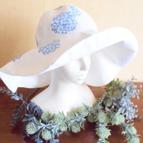 シンプルな帽子の作り方。折り畳みできて持ち運びにもらくちん