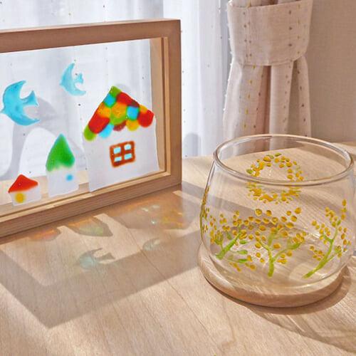 ガラス絵具でおしゃれなステンドグラス風アイテムを作ろう