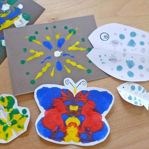 子どもの想像力を育む、デカルコマニーのやり方とバリエーション